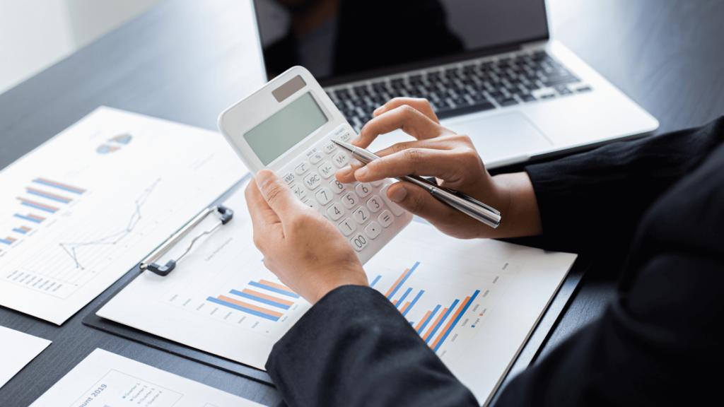 איך לשלם פחות מיסים על השקעות נדלן